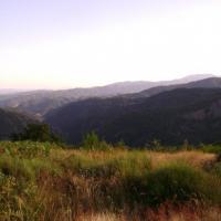 vue sur Vals les bains et Aubenas au fond de la vallée