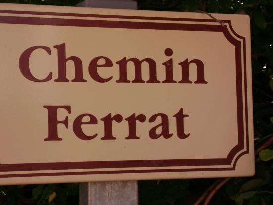 Chemin FERRAT à CHAUZON