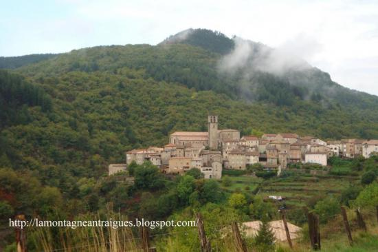 Antraigues vue sur le village