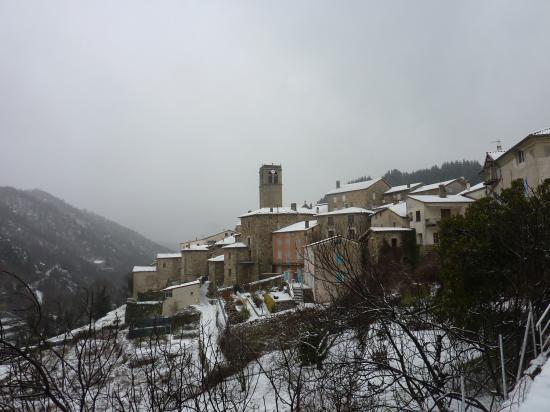 Antraigues sous la neige décembre 2010