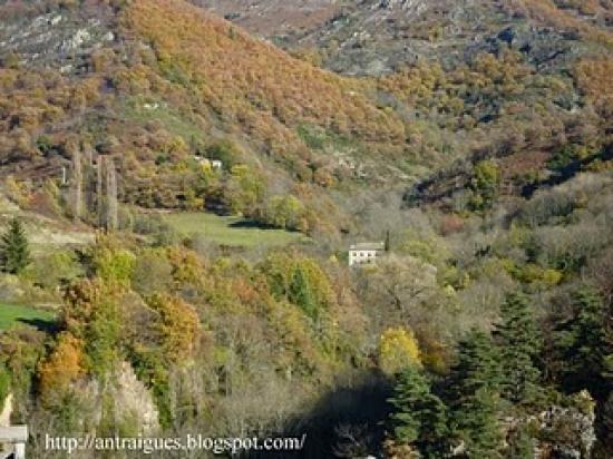 La montagne d'antraigues en automne